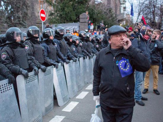 Так они намерены увековечить беспорядки в Киеве