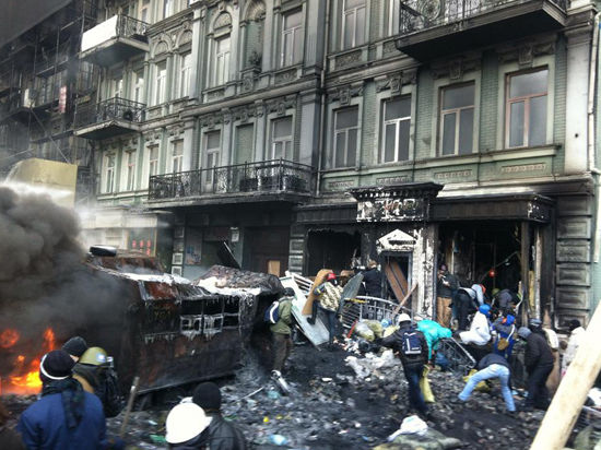 Эксперт: США боятся победы радикалов на Украине
