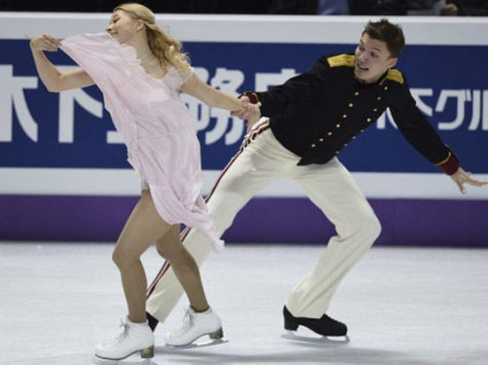Российская пара Боброва-Соловьев повторила путь Евгения Плющенко