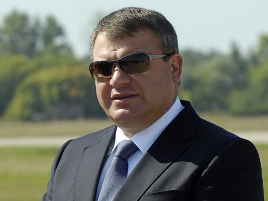 Новое обвинение Сердюкову предъявят в пятницу, 13-го