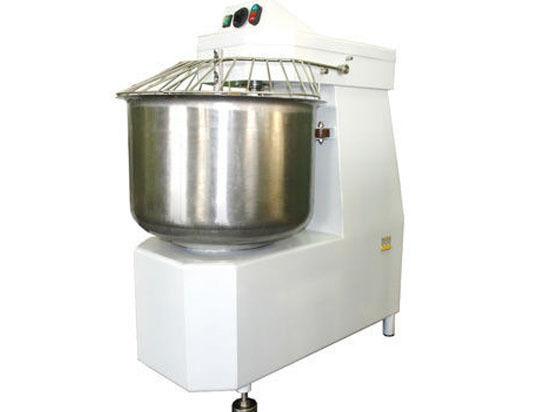 Для замеса теста в хлебопекарной промышленности применяются тестомесильные машины (тестомесы) с производительностью от 60 до 950 кг/час