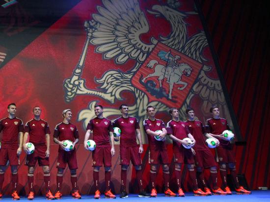 Сборная России отыграла одну строчку в рейтинге ФИФА