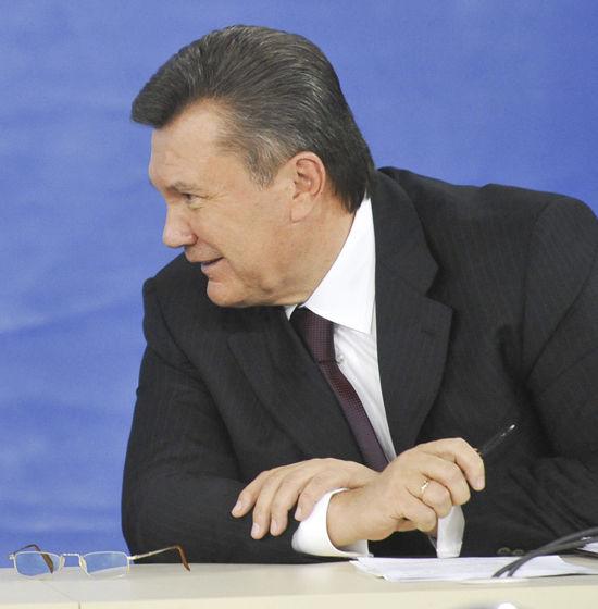 Улетная политика Януковича
