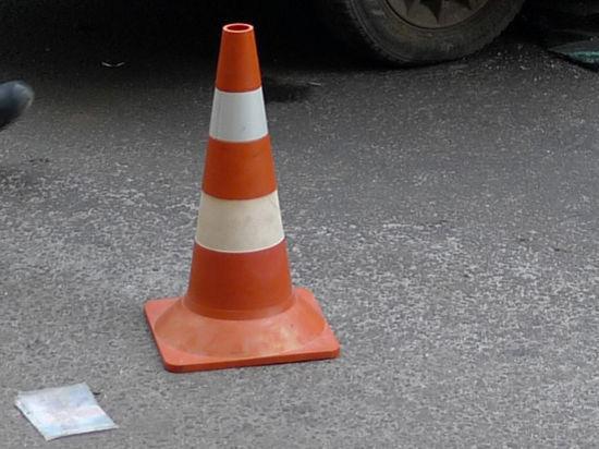 Porsche Cayenne сбил трех человек на западе Подмосковья