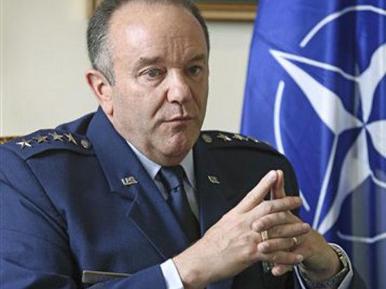 НАТО в погоне за «лайками»