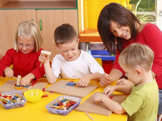 В обычные школы повалили аутисты
