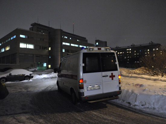 Лифт насмерть задавил работника магазина в новой Москве