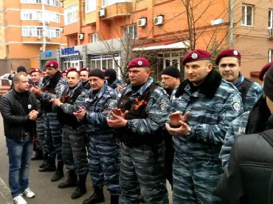 Золото бунта. Захватами в Краматорске, Славянске и других городах руководил Донецкий штаб