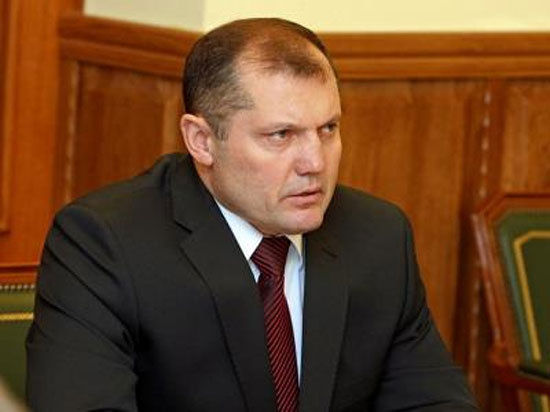 Как сообщили «МК-Урал» сразу несколько информированных источников, в отставку с поста заместителя председателя областного правительства сегодня отправлен Игорь Мурог.