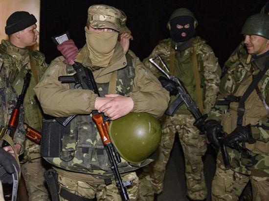Экипажи БТРов, перешедших на сторону восставших в Краматорске, думали, что это - учения
