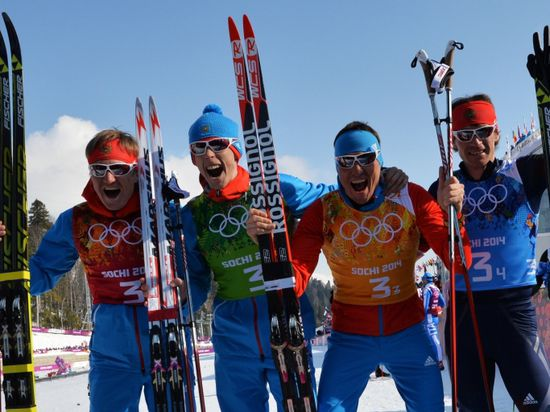 Елена Вяльбе расцеловала российских лыжников за такое