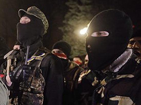 «Беркут» и «Правый сектор» сцепились в Киеве