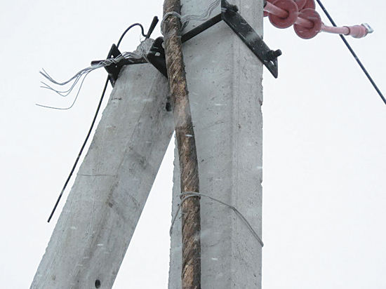Жители деревни Копнино Раменского района шестой год бьются за нормальное напряжение в электрических сетях