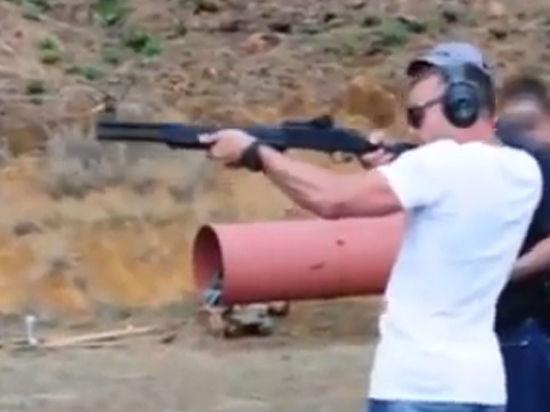 На суде над Оскаром Писториусом обвинение представило видео с расстрелом арбузов из дробовика