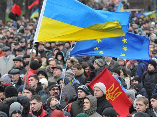 От Януковича побежали однопартийцы