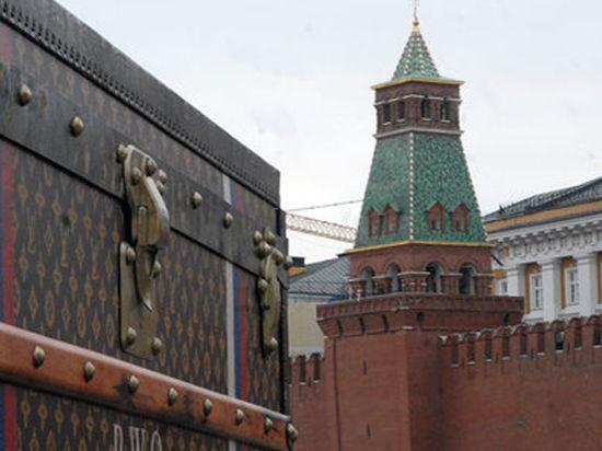 Чемодан на Красной площади принес 10 тысяч штрафа и многомиллионную экономию на рекламе
