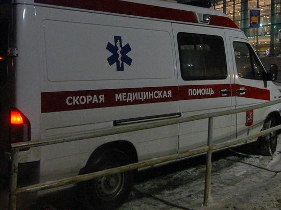 Москвич попал в больницу, утолив голод бутербродом  с шурупом