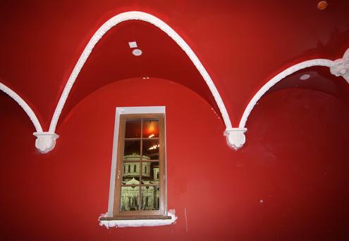 Илья Глазунов провел экскурсию по будущему музею