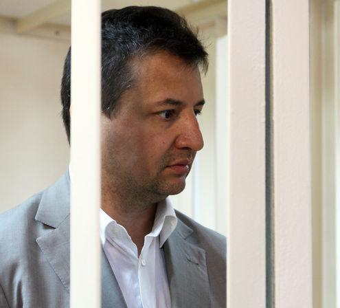 Председатель правления Росбанка задержан при получении взятки