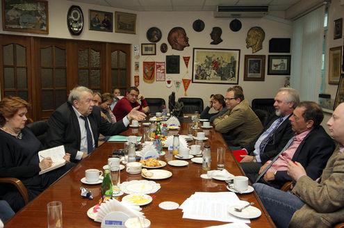 Владимир Фортов встретился с журналистами в редакции «МК»