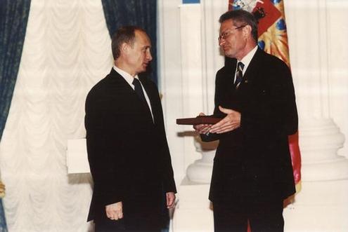 Композитору Давиду Тухманову — 70