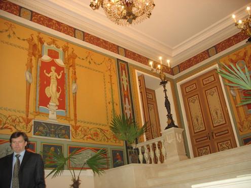 Специалисты отреставрировали Дворец декабриста