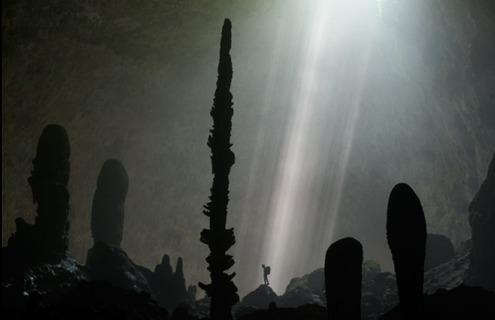 Во Вьетнаме разведана крупнейшая пещера на планете