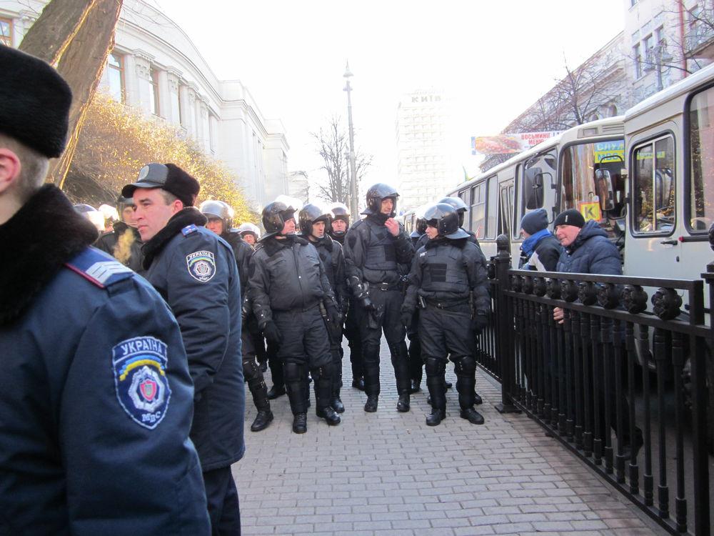 Бунтующая Украина. 3 декабря
