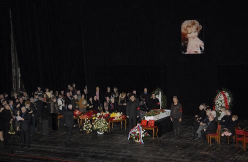 Москва простилась с королевой оперетты