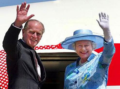 Мужу британской королевы, принцу Филиппу исполнилось 90