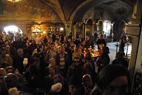 Михаила Козакова отпевали в Церкви Святителя Филиппа