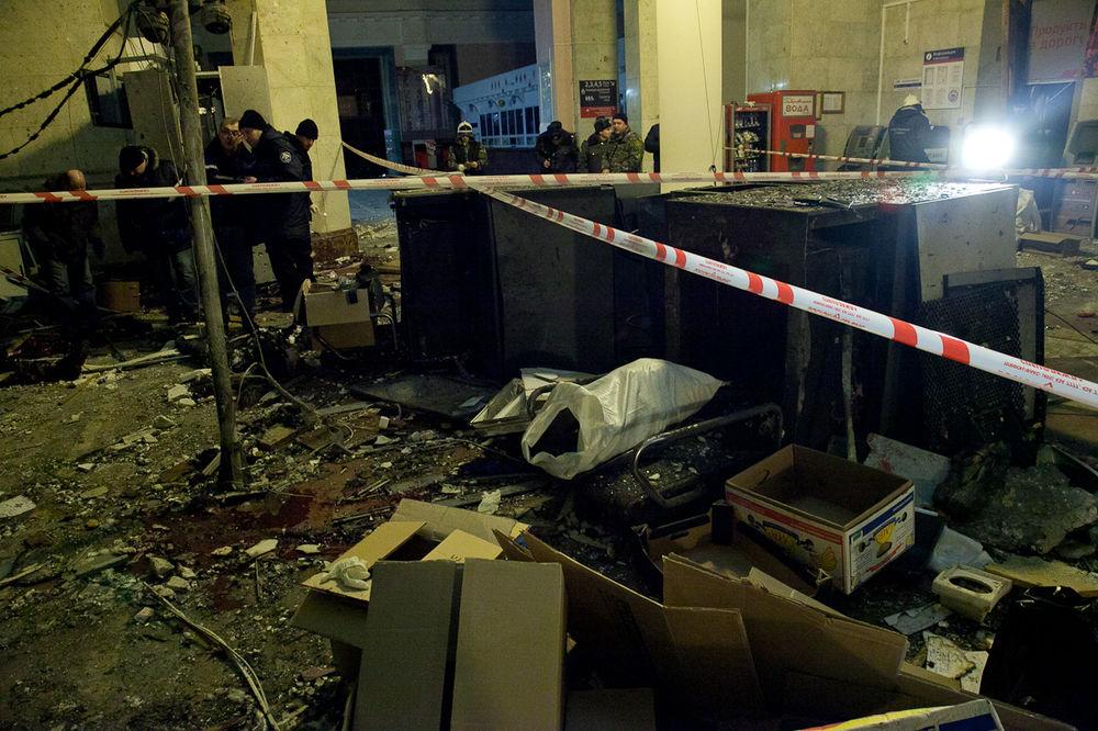 Теракт в Волгограде: кадры с места ЧП