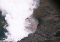 У Эйяфьядлайокудля появился последователь: Закроет ли извержение исландского вулкана небо над Европой?