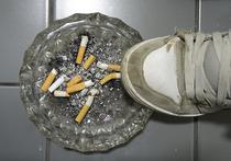 Около 80% россиян впервые «пробуют сигарету на вкус» до 18 лет
