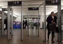 Самое красивое метро в мире весьма опасно