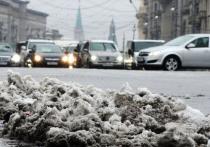 Запах гари, снег и дождь: в Москве бушуют все времена года одновременно