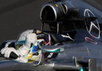 «Формула-1»: Исторический Гран-при России выиграл темнокожий британец на Mercedes