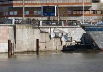 Теплоход «Валерий Брюсов» из «отеля на час» превратился в первый в Москве арт-кластер на воде