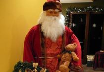 Санта-Клаус отправился в путь с подарками: откуда взялся этот рождественский персонаж?