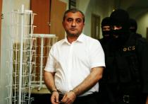 Суд арестовал высокопоставленного следователя Рашида Анкоси