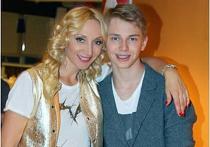 Кристина Орбакайте выложила в Интернет фотографии 16-летнего сына Дени