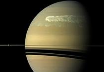 Cекрет гигантских белых пятен над Сатурном объяснен
