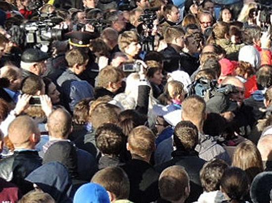 Полиция не дала оппозиционерам пройти по Болотной площади