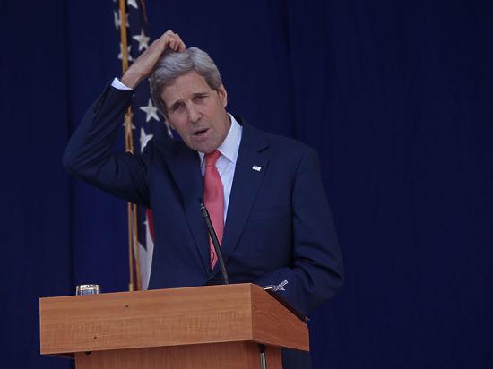 Визит Керри в Киев: оружие не везет, в США растет недовольство Порошенко и Яценюком