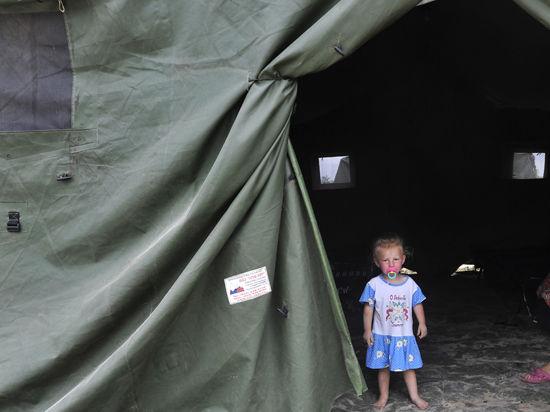 Уже более 100 тысяч украинцев спасаются от войны на территории России