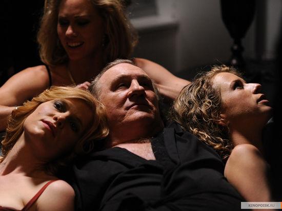 Депардье вошел  в образ сексоголика