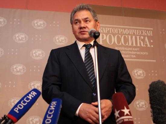 Кто зовет Шойгу в Киев?