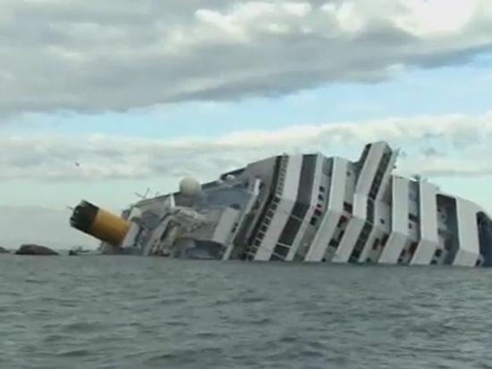 В Италии начали поднимать со дна лайнер «Коста Конкордия»