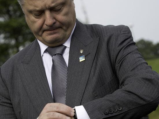 Президент Украины намерен наградить бойцов Нацгвардии