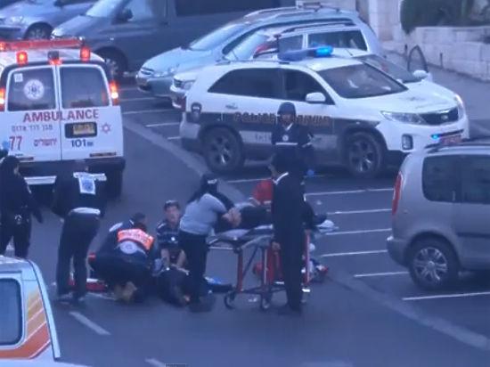 Кровавая резня в иерусалимской синагоге — четверо зарубленных, двое застреленных